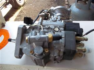 Bosch  diesel injection pump 0460484083 R537/1