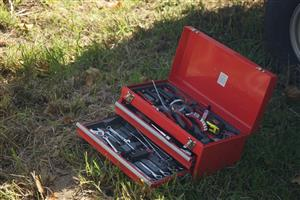 103 Piece tool box from Midas