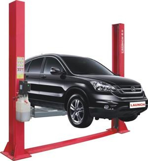 Two Post Hydraulic Vehicle Lift Special!
