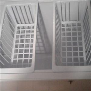 Defy deep freezer 540L