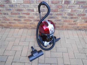 Genesis Hydrovac Plus vacuum cleaner