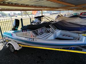 Various boats from R42 000
