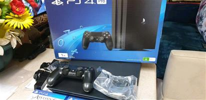 Sony PS4 pro 1tb brand new included situated in mayfair Johannesburg