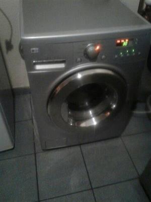 Lg Washer dryer 8.5/4 .2 kgs front loader washing machine