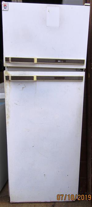 Upright Fridge / Freezer