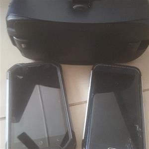 Samsung s6 edge / VR headset and Black view phone