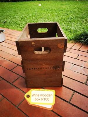 Wooden wine box for sale