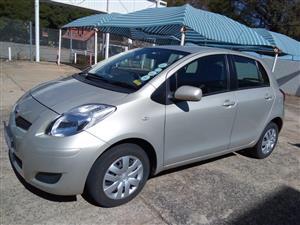 2010 Toyota Yaris 1.3 5 door T3+ automatic