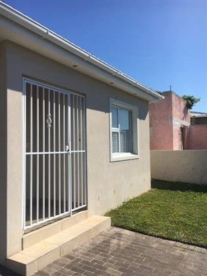3 Bedroom Semi - Detached House in Wynberg