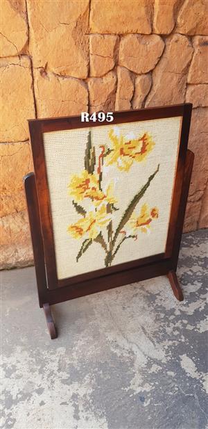 Antique Fire Screen (615x810)