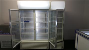 Sliding Double Door Bottle Cooler - 885 Litre Share