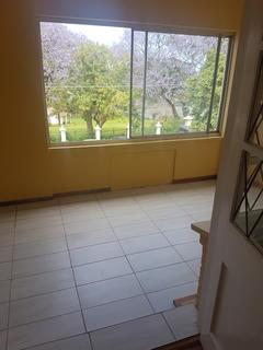 Charming, spacious 1st floor apartment in 6 unit complex
