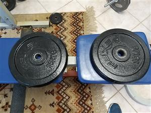 Weights for sale 4 x 15 kg plates at R220 each