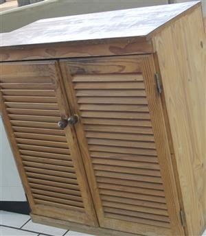 S035616D 2 Door cabinet #Rosettenvillepawnshop
