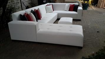 Showroom Open Today! The U Shape Lounge Set, Crazy Special