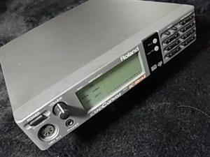 Roland Midi sound module SC55