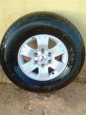 5x mitsubishi mags and tyres