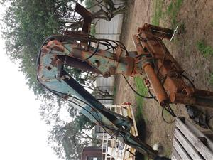 Atlas brick crane