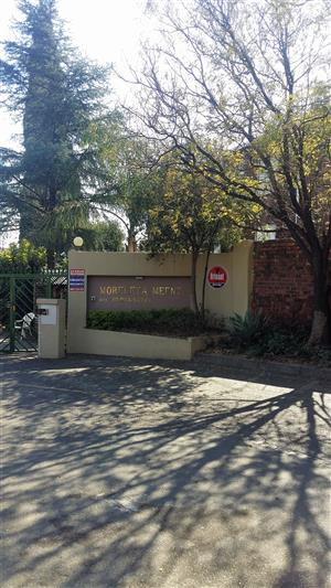 This neat and cosy property is a top unit and it is in a 24hrs secured complex. Close to shops. Available immediately!!!!!!!!!! MORELETA PARK