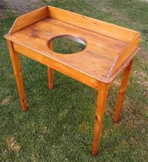 Antique Oregon pine wash table