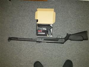 Not in use and in good condition air gun and gas pistol for sale.