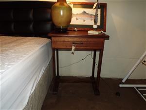 Wooden sidetable or pedestal