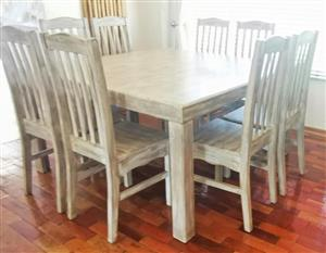 Stunning 8-Seater Dining Room Table and Chairs