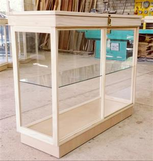 Custom made Display / Show Cabinets and Counters. Best Prices.