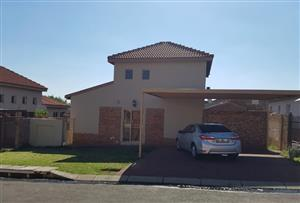 Double Storey in Brettenwood Estate