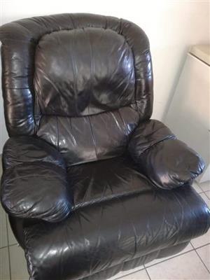 3piece leather lounge suite