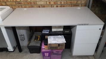 Office desk, 4 draw, grey