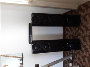 Lg dvd player & tall speakers