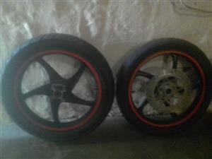 200cc mags and tyres