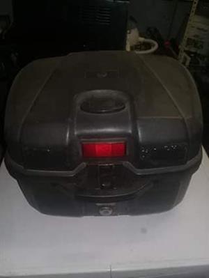 Lockable black case for sale
