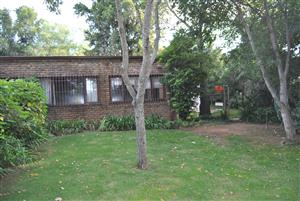 2-bed Garden Cottage in Riverclub, Sandton