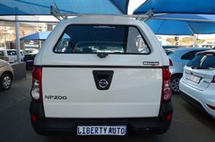 2018 Nissan NP200 1.6i loaded