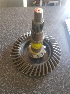 Dana crown wheel & pinion sets