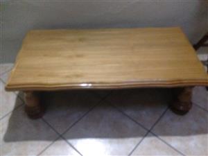 Solid oak lounge table