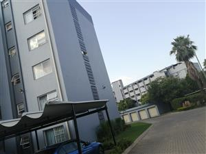 2 bedroom apartment at Menlyn Place for rent