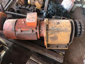 Reduction Gearbox with Motor