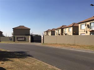 Vaalpark:  Near Sasolburg -2 bedroom townhouse for rent