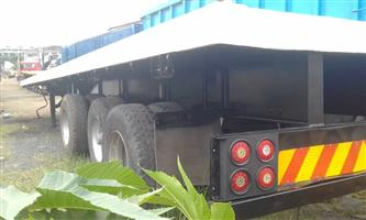 three axle trailer for rent