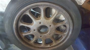 Dunlop tractor front cutdown rim tire