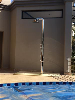 OUTSIDE COLUMN SHOWER