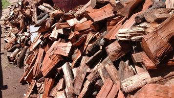 FIREWOOD AT DISCOUNTED PRICES TO EVERYONE IN KEMPTON PARK.