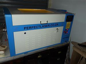CO2 laser cutter 80W