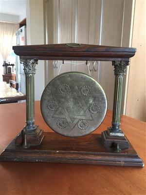 Vintage Wood and brass ornate gong on stand - call family to meal time!, used for sale  Cape Town - Northern Suburbs