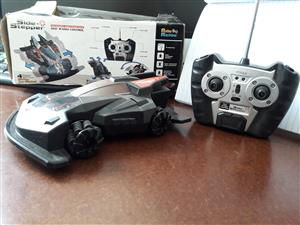 Side stepper radio control model car