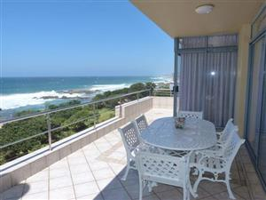 Executive Special – Absolute Beachfront - Margate !