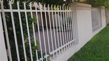 Palisade fence for sale